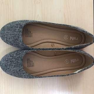 🚚 RUBI Flat Shoes (Grey)