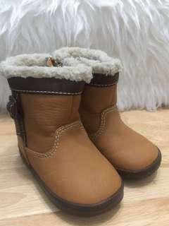 Oshkosh baby boots 13.5cm