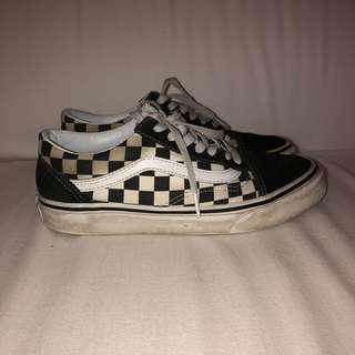 Old Skool Checkerboard Vans