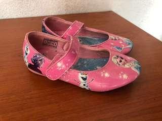 Frozen kids shoe size 25 / Barbie Kids size 32