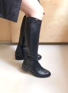 Ondul Boots 95%new