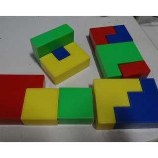 12 pc Plastic Puzzle