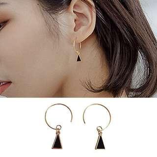 ╭✿蕾兒0509✿╮DB037-韓國耳飾創意靈感小巧三角耳環耳釘耳針飾品首飾