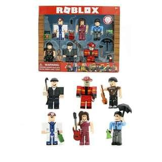 BRANDNEW CITIZENS OF ROBLOX TOY SET