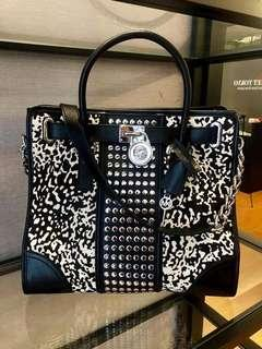 Pre loved branded bags and accessories imported from japan to Malaysia