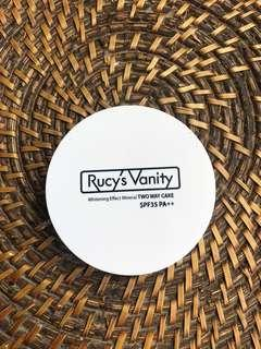Rucy's Vanity Pressed Powder