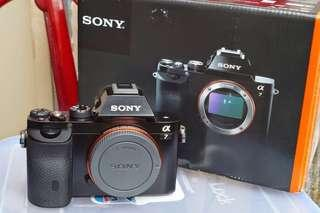 Sony A7 with full box set in good condition