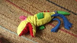 Boneka tangan Dinosaur IKEA