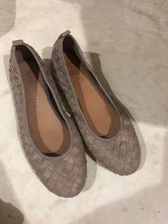 Staccato Shoes anyam