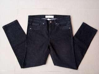 Skinny Jeans Hitam Connexion