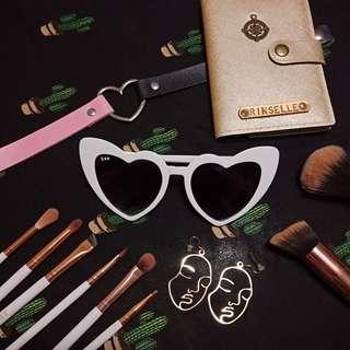 White Retro Heart Sunglasses