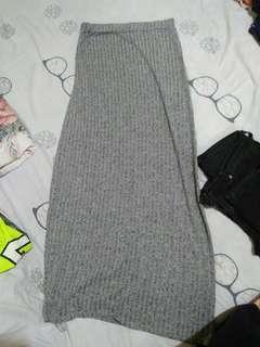 Long skirt bought it in dubai.. Used few times, maganda sya when worn..