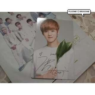 Exo official nature republic photocard ( Luhan )