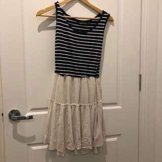 A line summer dress Size S Samuel and Kevin