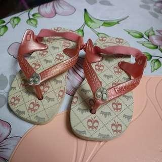 Havaianas Baby Slippers with strap