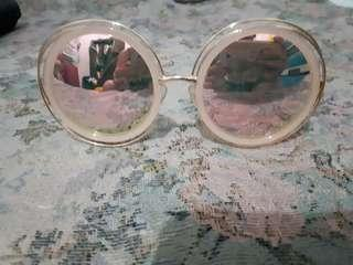 Round big oversized lens mirror sunglass
