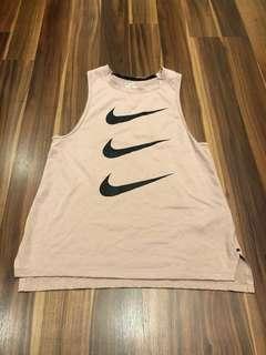 Nike 女生慢跑背心