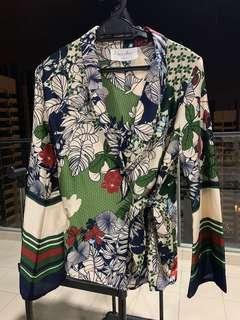 LOCKA Kimono Top