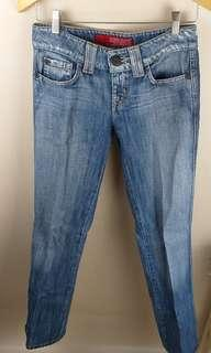 #onlinesale GUESS jeans