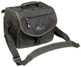 🚚 Lowepro Nova 3 camera bag 9/10