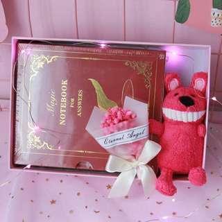 🚚 答案之書生日禮物禮盒--紅色羽毛