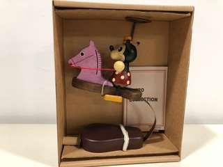 🈹🈹🈹🈹懷舊中古Disney Minnie Mouse 米妮手造全木製木馬擺設(限量絕版)