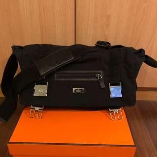 511221561b12 messenger bag gucci | Bags & Wallets | Carousell Singapore