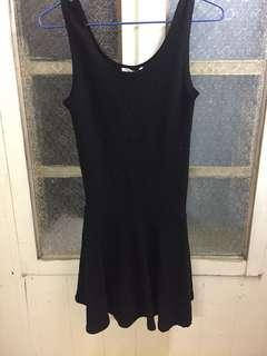 🚚 韓貨黑色背心傘洋/材質很好/可單穿/可當內搭