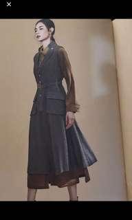 (徵求)香港品牌Initial 背心灰色全身裙1碼