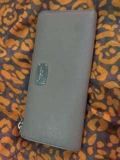 Michael Kors gray wallet for ladies