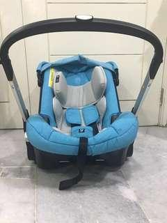 Doona 2 in 1 stroller and carseat