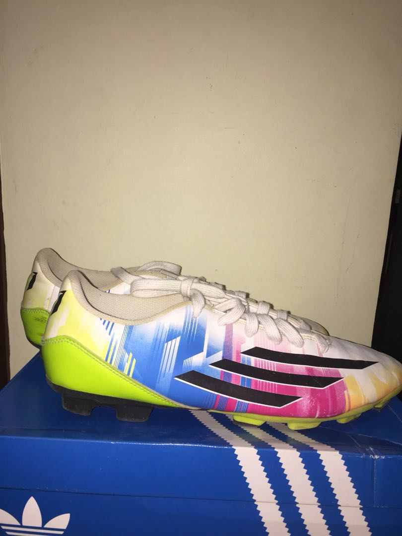 49bfee1e913 ADIDAS MESSI SOCCER SHOES