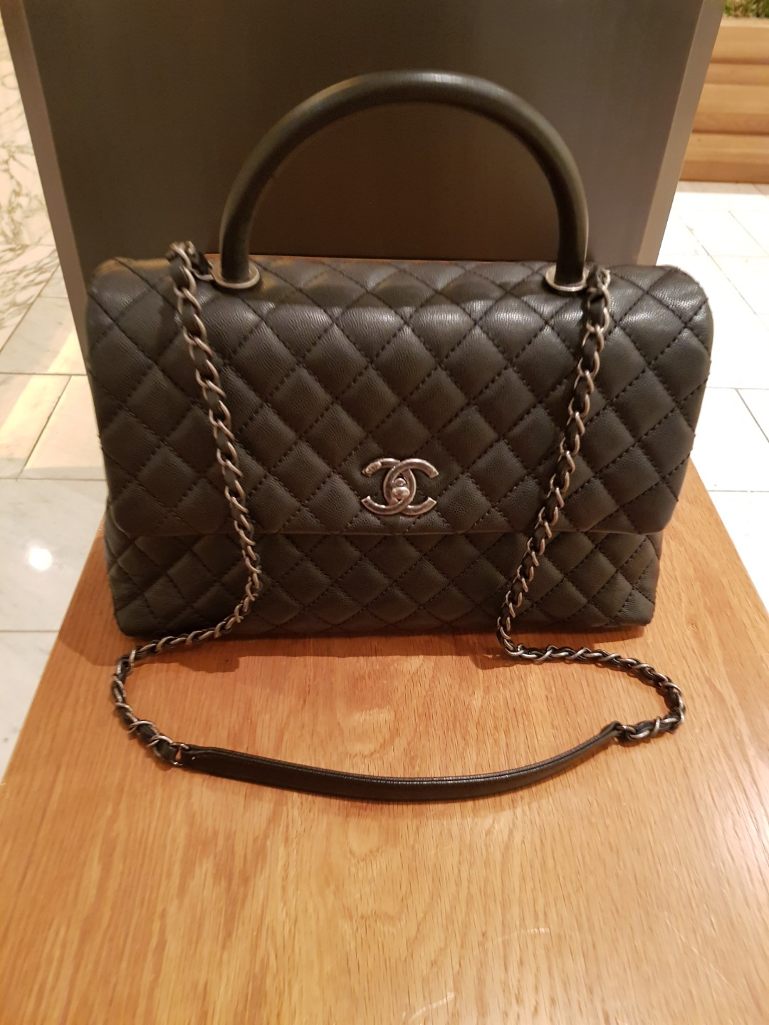d16dc5a626e624 As good as new Chanel Coco handle bag in black for sale, Women's ...