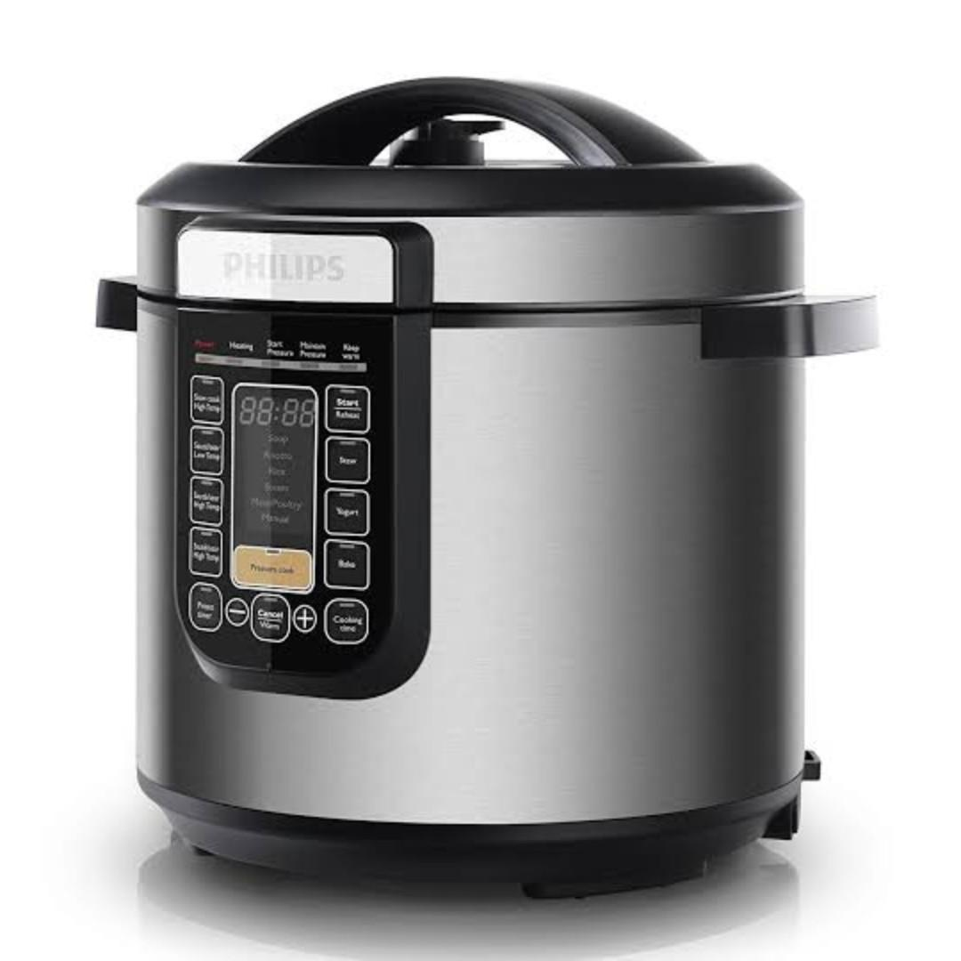 AS NEW CONDITION PHILIPS ALL IN ONE PRESSURE COOKER PAID $199 - USED ONCE