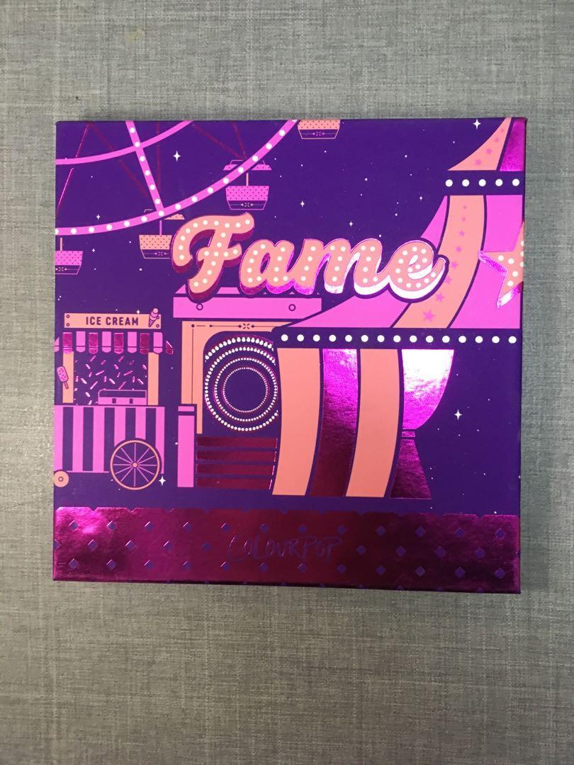Colourpop fame 眼影盤