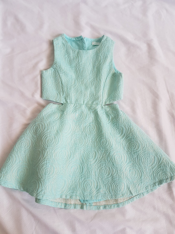 cf9c546232e9 Gingersnaps Pre-loved green dress