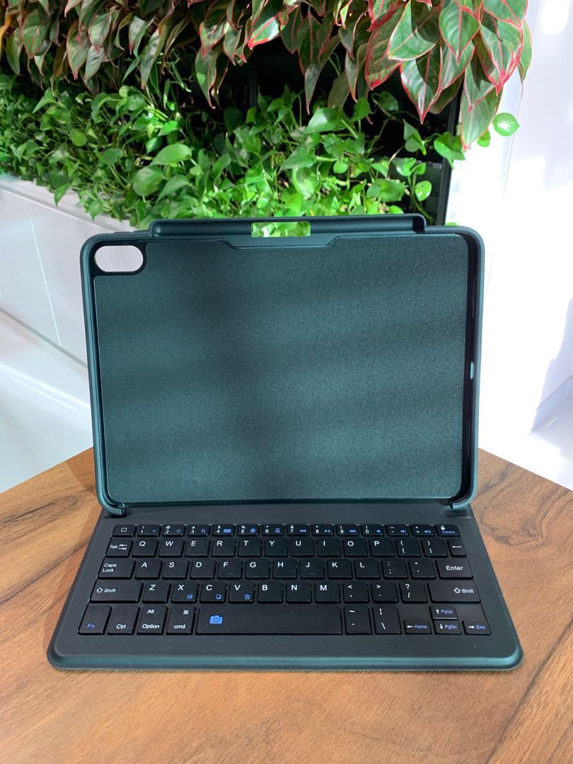 """wholesale dealer 1f1a8 c7aa0 iPad Pro 11"""" Keyboard Case with Pencil Holder"""