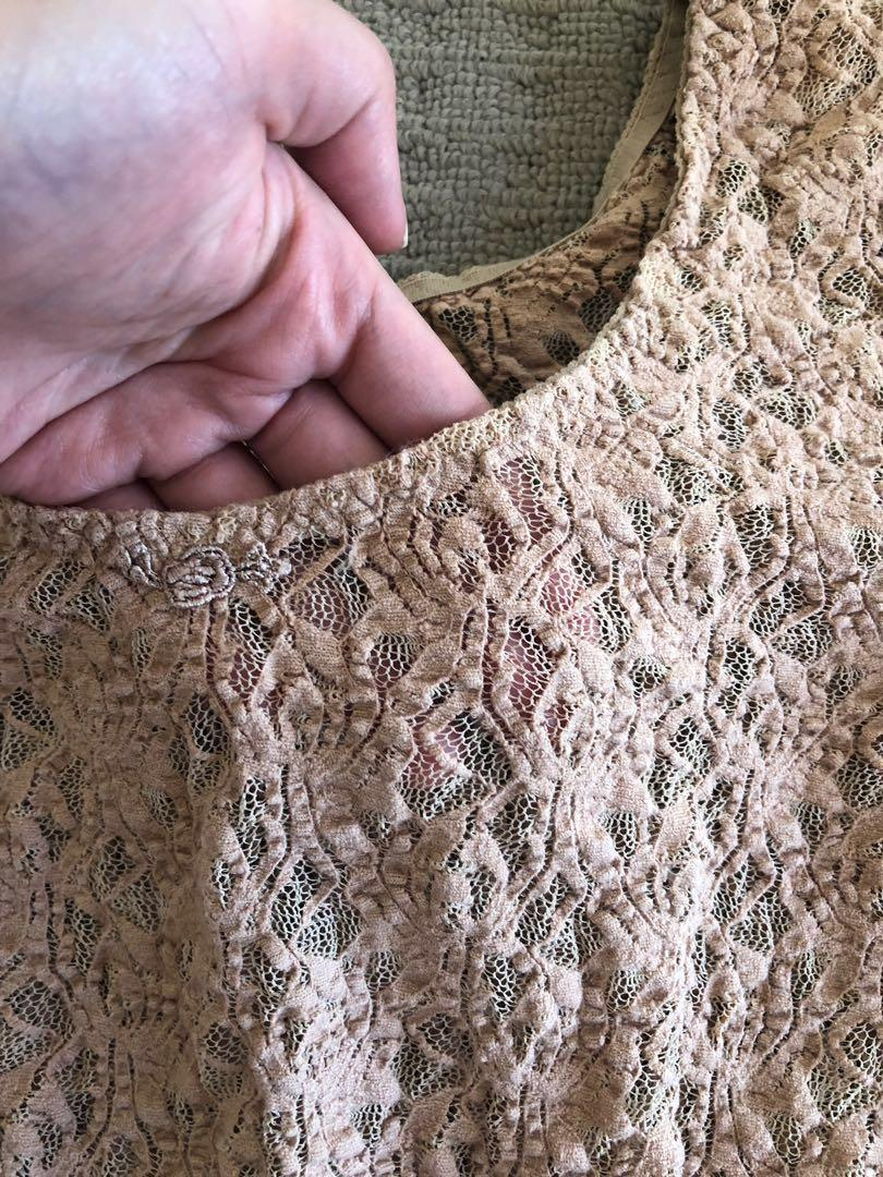 Nude Coloured Crochet Lace Long-sleeved Fitting Blouse