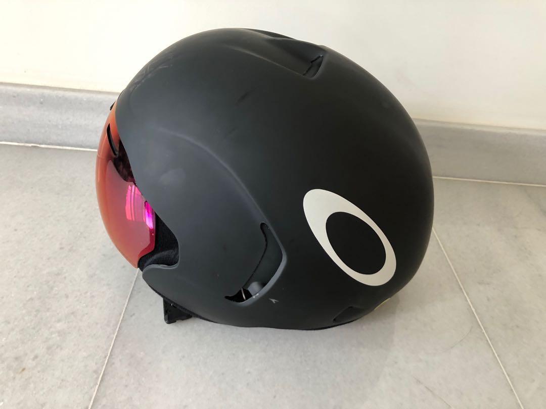1f77e34ec5 Price drop OAKLEY ARO7 Aero Helmet