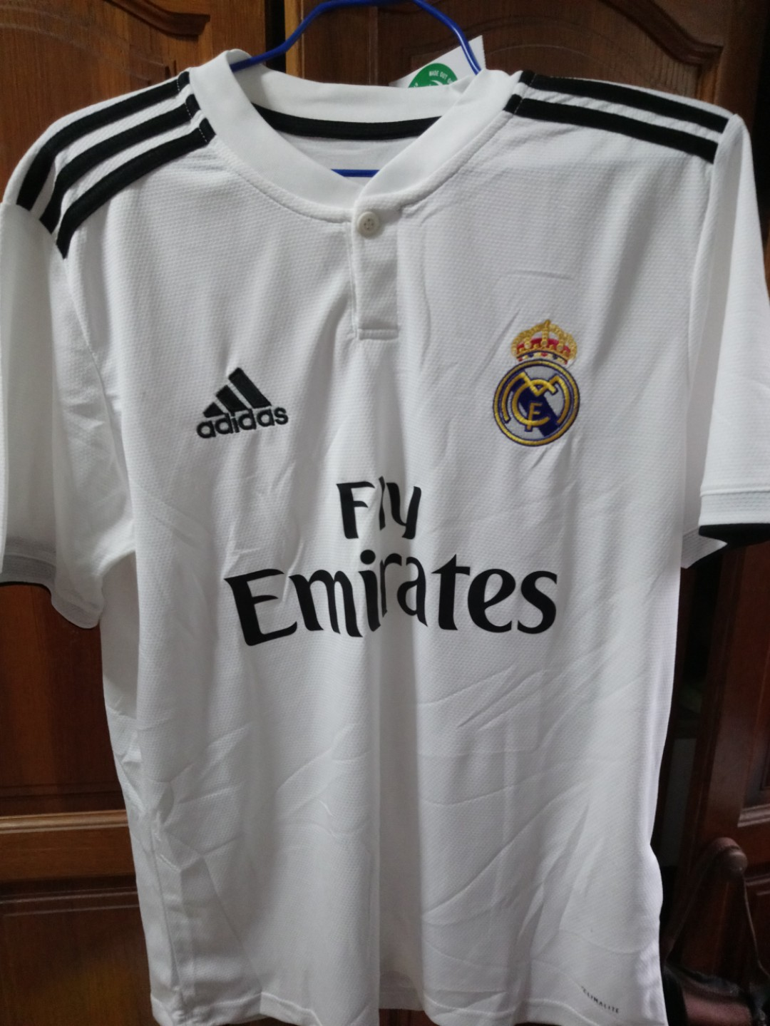 166e2233d Real Madrid Jersey 2018 2019 Home Kit