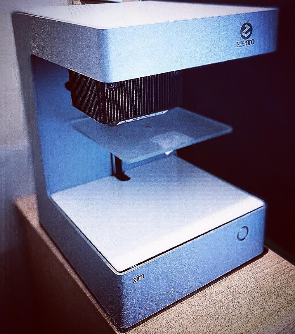 Zeepro Zim in Silver - dual extrusion 3d printer