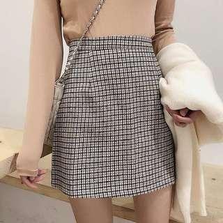 全新 黑白格仔短裙