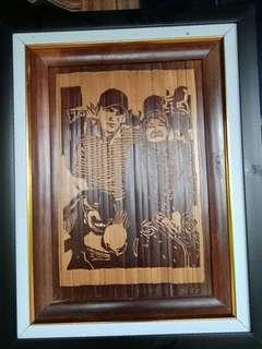 Pesan Lulisan dari bambu hitam