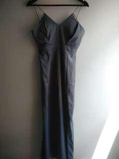 Backless grey dress