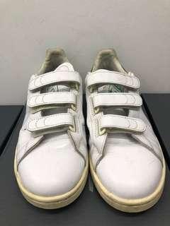 Adidas-奶油底魔鬼氈
