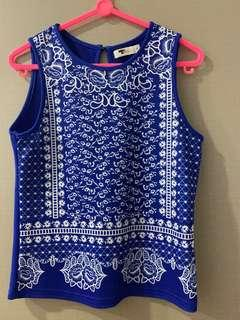 🚚 Blue coral top