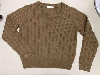 Moussy brown sweater
