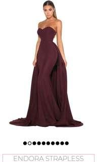 DOLLHOUSE endora strapless plum