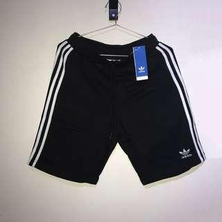 [Brand New W Tags] Adidas Originals 3 Striped Logo Shorts