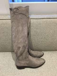 Women's knee high Suede boots size 41